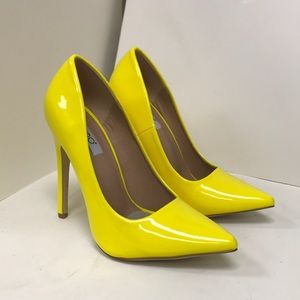 Babe-01 Yellow Patent Pumps